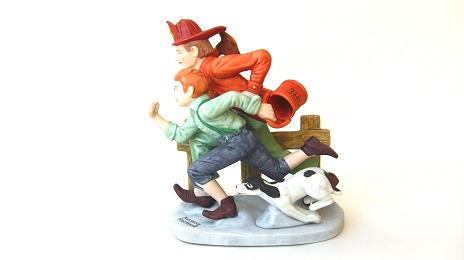The Alarm Vintage Norman Rockwell Porcelain Figurine:ノーマン・ロックウェル 陶器人形 警報