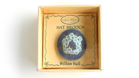LAURA MB10 帽子ブローチ:HAT BROOCH Jane Asher Willow Hall
