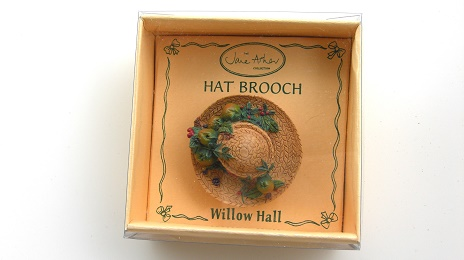 CHRISTINA MB03 帽子ブローチ:HAT BROOCH Jane Asher Willow Hall