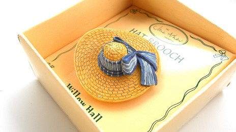 TIFFANY MB01 帽子ブローチ:HAT BROOCH Jane Asher Willow Hall
