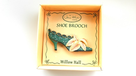 ANNABEL VSB09 靴ブローチ:SHOE BROOCH Jane Asher Willow Hall